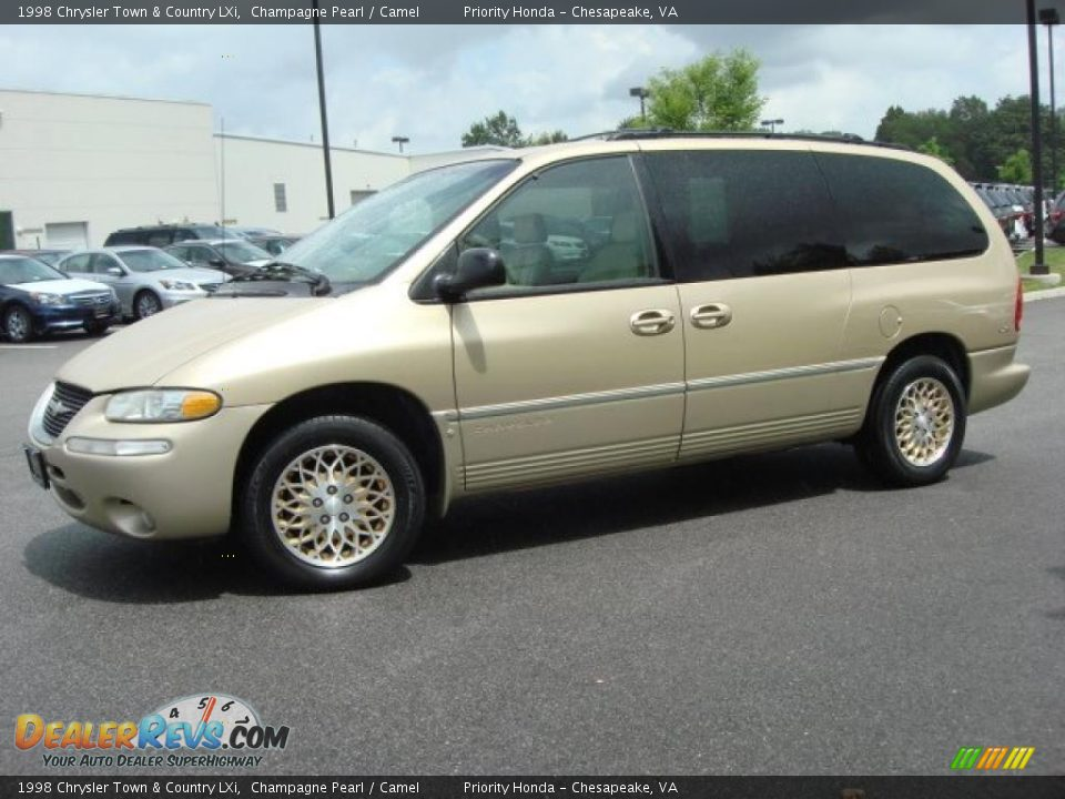 champagne pearl 1998 chrysler town country lxi photo 2. Black Bedroom Furniture Sets. Home Design Ideas