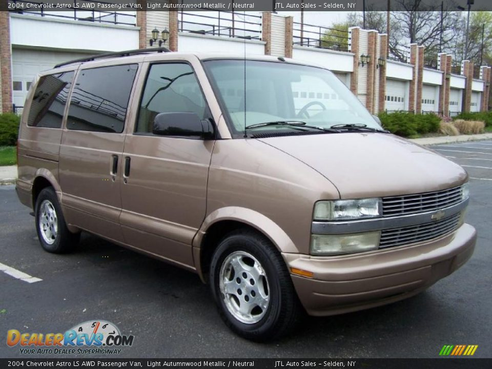 mautofied   listing100566520 besides File Ford Aerostar police additionally Chevrolet Astro Cargo Van 2005 together with Watch as well Chevrolet Trax Awd Lt. on chevrolet astro awd cars
