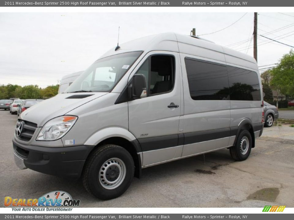 Front 3 4 view of 2011 mercedes benz sprinter 2500 high for Mercedes benz sprinter service
