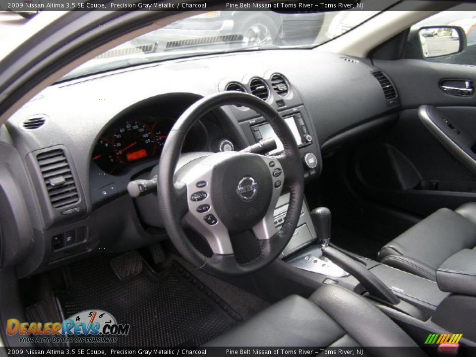 charcoal interior 2009 nissan altima 3 5 se coupe photo. Black Bedroom Furniture Sets. Home Design Ideas