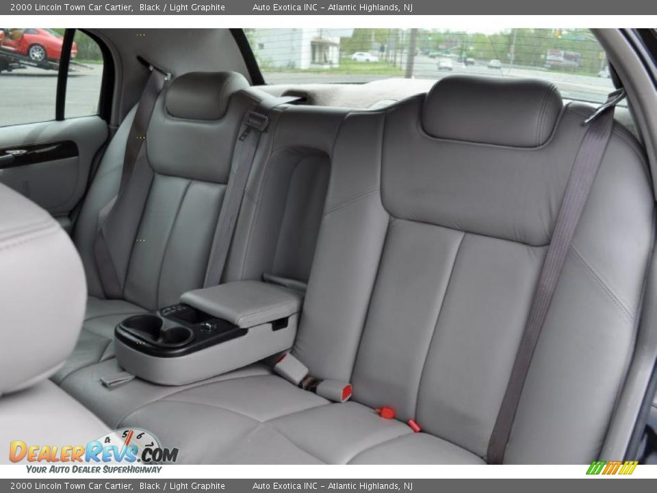 light graphite interior 2000 lincoln town car cartier photo 7. Black Bedroom Furniture Sets. Home Design Ideas
