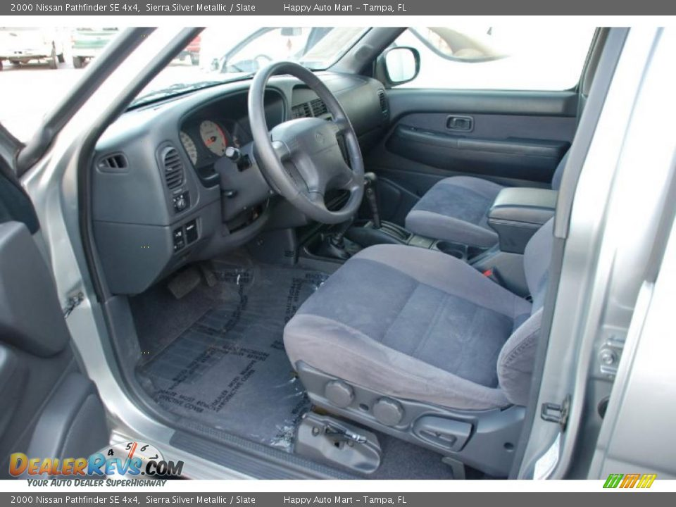 slate interior 2000 nissan pathfinder se 4x4 photo 14 dealerrevs com dealerrevs com