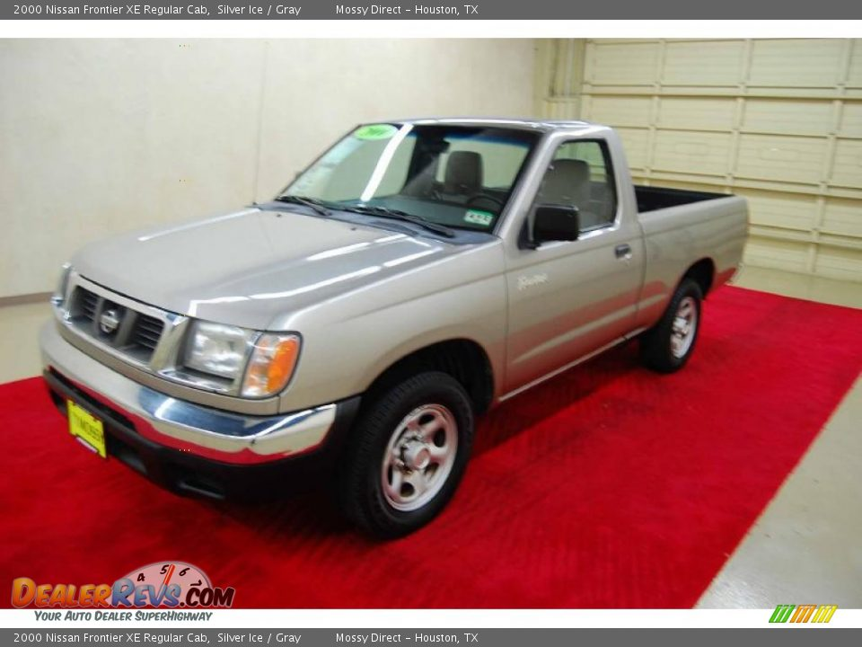 2000 nissan frontier xe regular cab silver ice gray photo 3. Black Bedroom Furniture Sets. Home Design Ideas