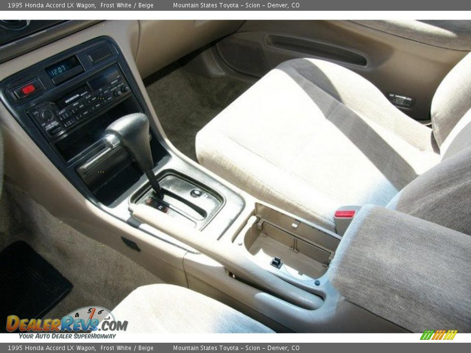 beige interior 1995 honda accord lx wagon photo 9