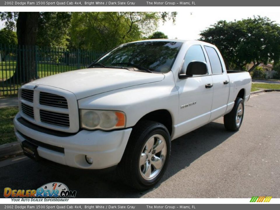 2002 dodge ram 1500 sport quad cab 4x4 bright white dark slate gray photo 1. Black Bedroom Furniture Sets. Home Design Ideas