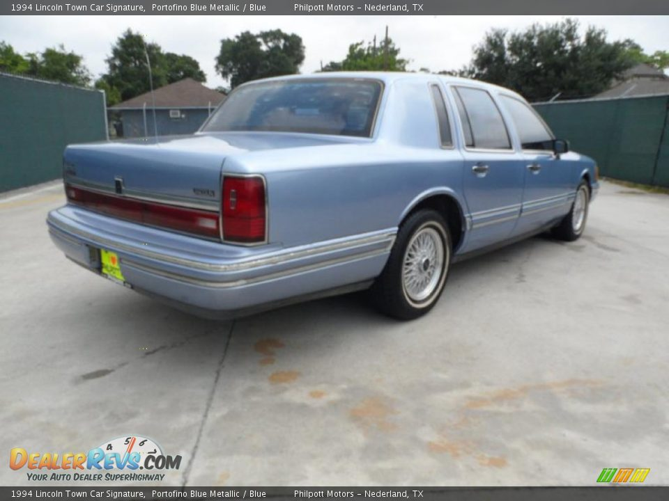 1994 Lincoln Town Car Signature Portofino Blue Metallic Blue Photo 3 Dealerrevs Com