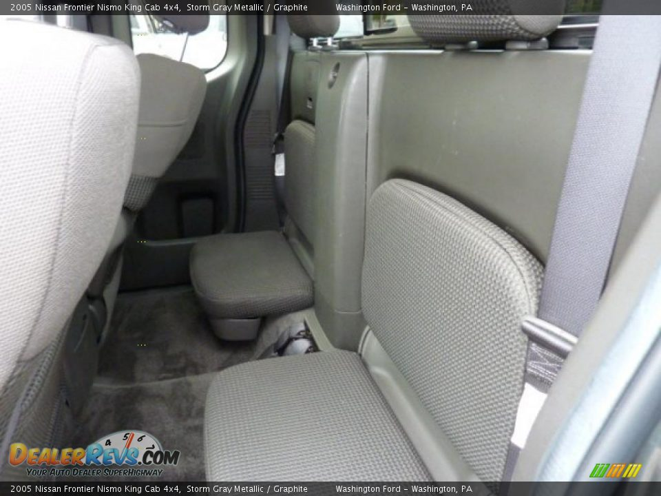 Graphite Interior 2005 Nissan Frontier Nismo King Cab 4x4 Photo