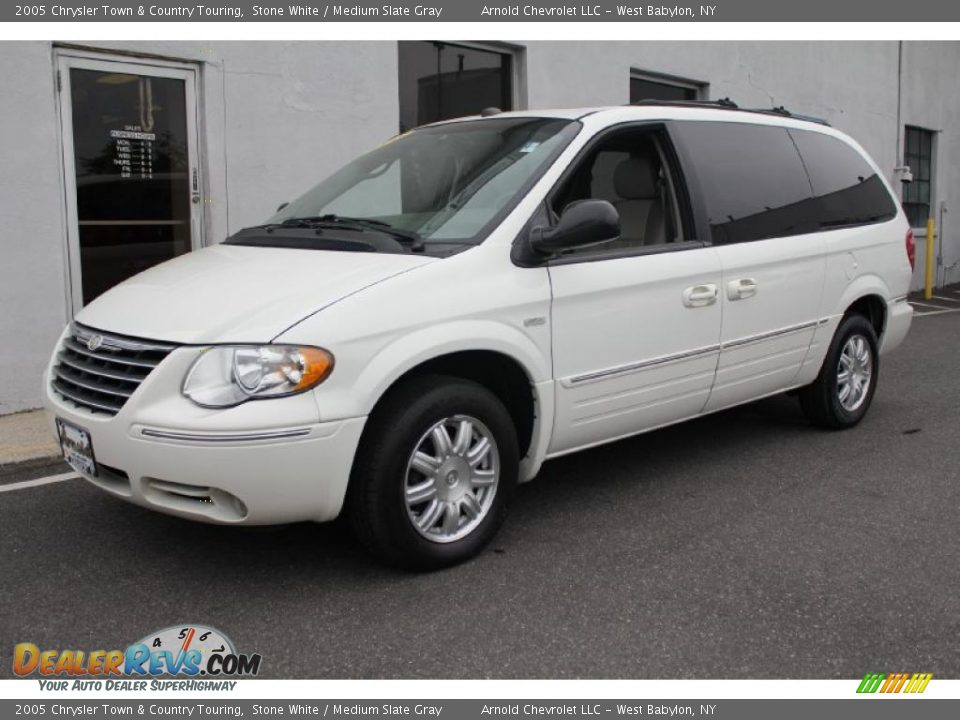 2005 chrysler town country touring stone white medium for Stone s town country motors