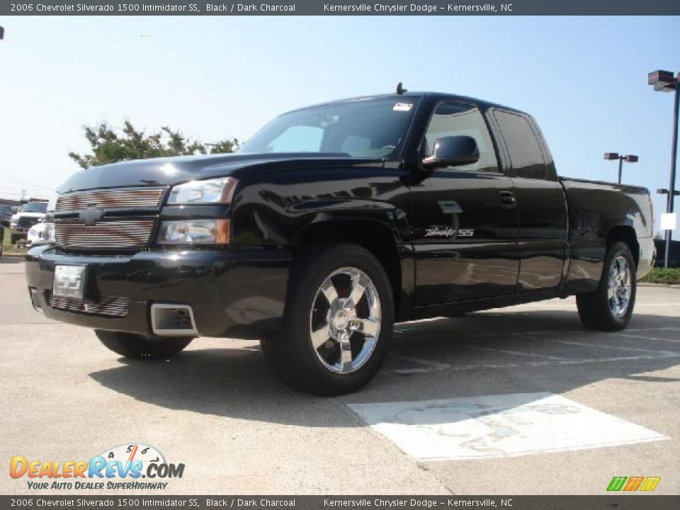 front 3 4 view of 2006 chevrolet silverado 1500. Black Bedroom Furniture Sets. Home Design Ideas