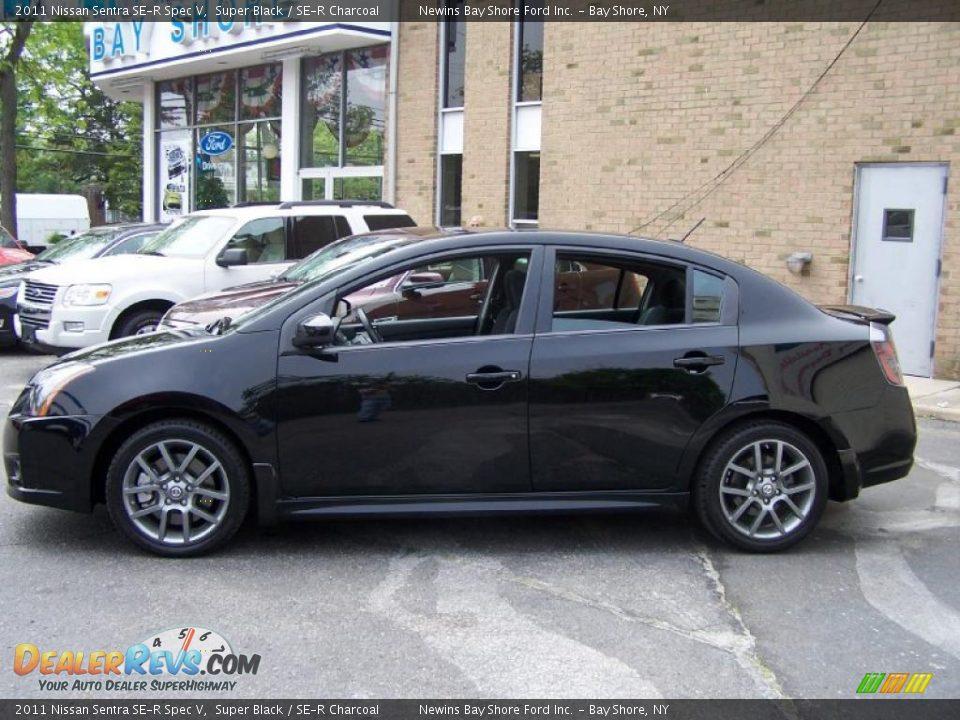 2011 Nissan Sentra Se R Spec V Super Black Se R Charcoal Photo 3