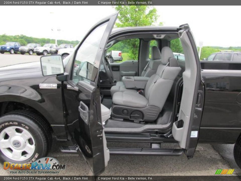 dark flint interior 2004 ford f150 stx regular cab 4x4. Black Bedroom Furniture Sets. Home Design Ideas