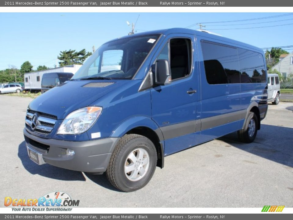 Front 3 4 View Of 2011 Mercedes Benz Sprinter 2500