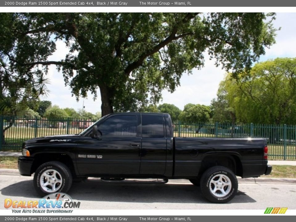 2000 dodge ram 1500 sport extended cab 4x4 black mist gray photo 3. Black Bedroom Furniture Sets. Home Design Ideas