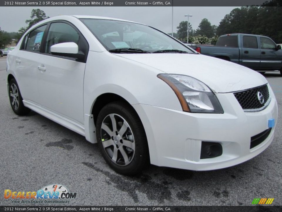 2012 nissan sentra 2 0 sr special edition aspen white beige photo 7. Black Bedroom Furniture Sets. Home Design Ideas