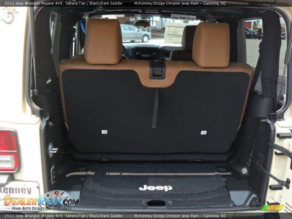 Black Dark Saddle Interior 2011 Jeep Wrangler Mojave 4x4 Photo 17