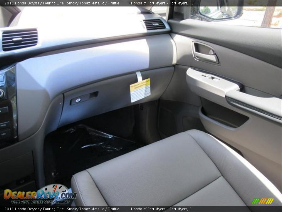 2011 Honda Odyssey Touring Elite Smoky Topaz Metallic Truffle Photo 7 Dealerrevs Com
