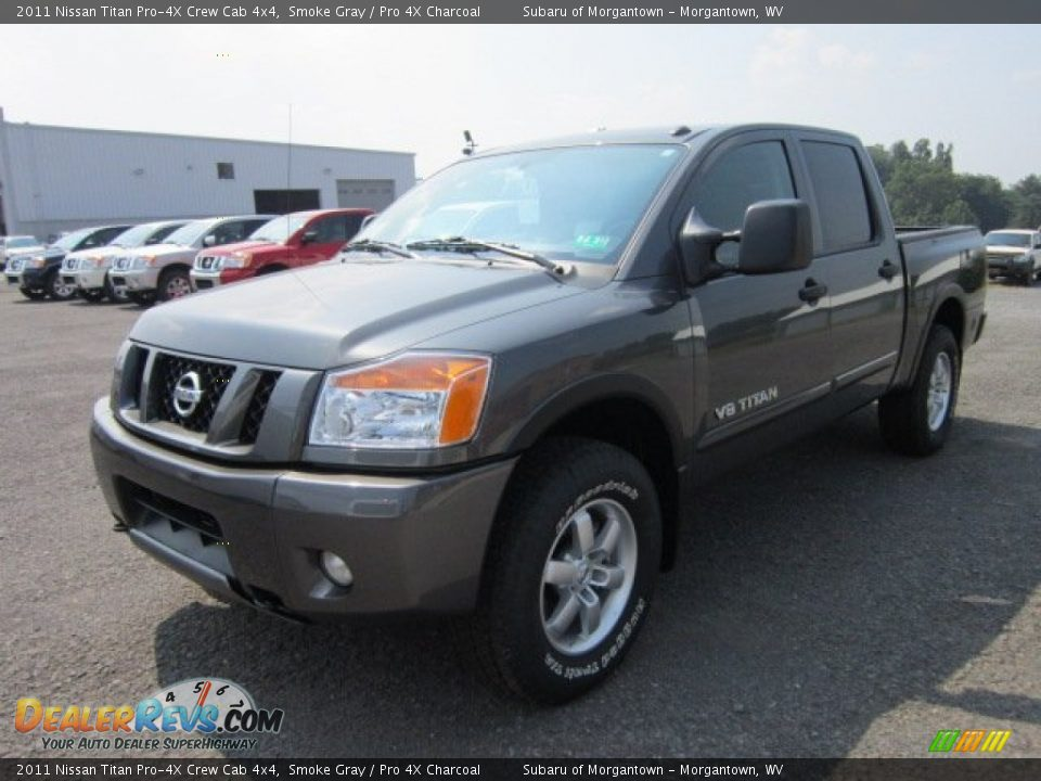 2011 nissan titan pro 4x crew cab 4x4 smoke gray pro 4x charcoal photo 8. Black Bedroom Furniture Sets. Home Design Ideas