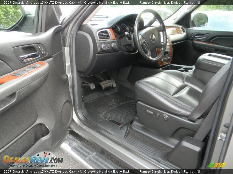 Ebony Black Interior 2007 Chevrolet Silverado 1500 Ltz