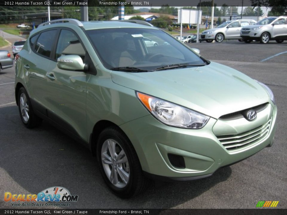 2012 Hyundai Tucson GLS Kiwi Green / Taupe Photo #4 | DealerRevs.com
