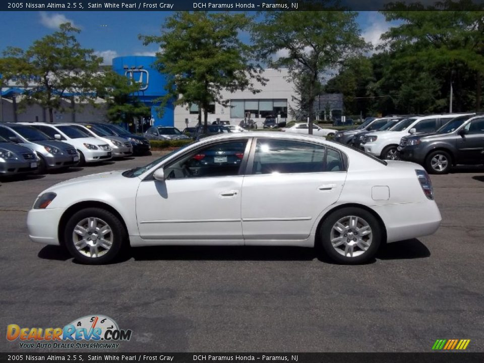 2005 Nissan Altima 2 5 S Satin White Pearl Frost Gray