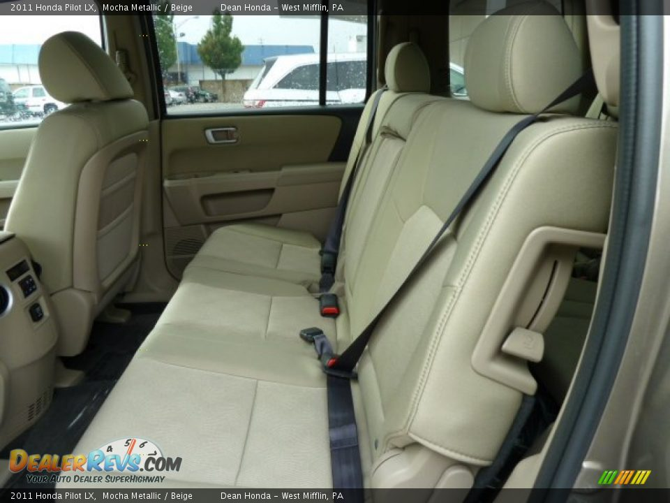 beige interior 2011 honda pilot lx photo 11. Black Bedroom Furniture Sets. Home Design Ideas