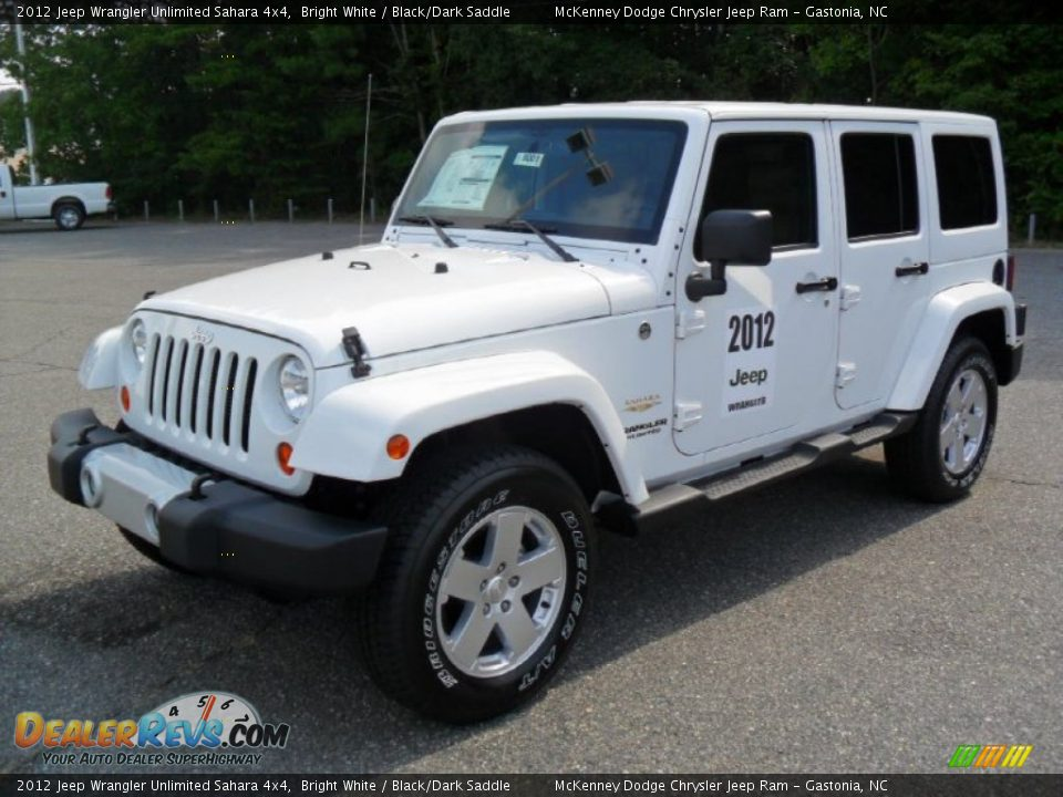 2012 jeep wrangler unlimited sahara 4x4 bright white black dark saddle photo 1. Black Bedroom Furniture Sets. Home Design Ideas