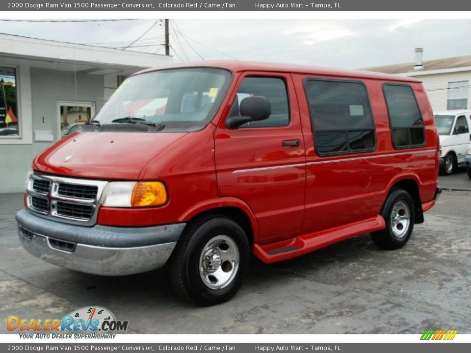 Front 3 4 View Of 2000 Dodge Ram Van 1500 Passenger