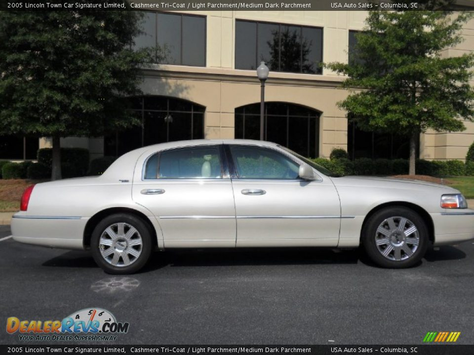 2005 Lincoln Town Car Signature Limited 2005 Lincoln Town Car Pictures Cargurus 2005 Lincoln