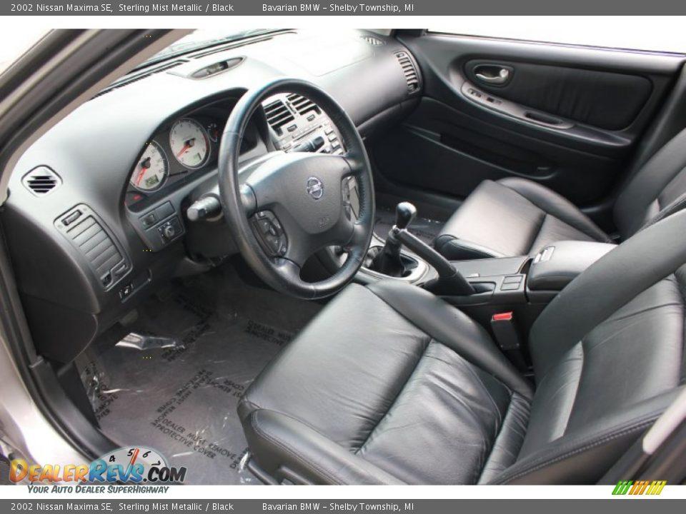 Black Interior 2002 Nissan Maxima Se Photo 9