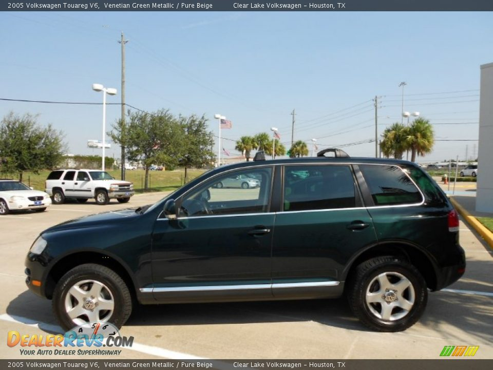 3021 2006 Volkswagen Touareg 11 also HD Volkswagen Modele Touareg 2014 Vue Interieur Img Volkswagen Touareg 2014 501 besides Wallpaper 03 further 29285676 in addition . on volkswagen touareg