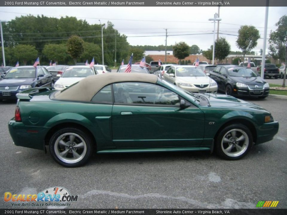 electric green metallic 2001 ford mustang gt convertible. Black Bedroom Furniture Sets. Home Design Ideas
