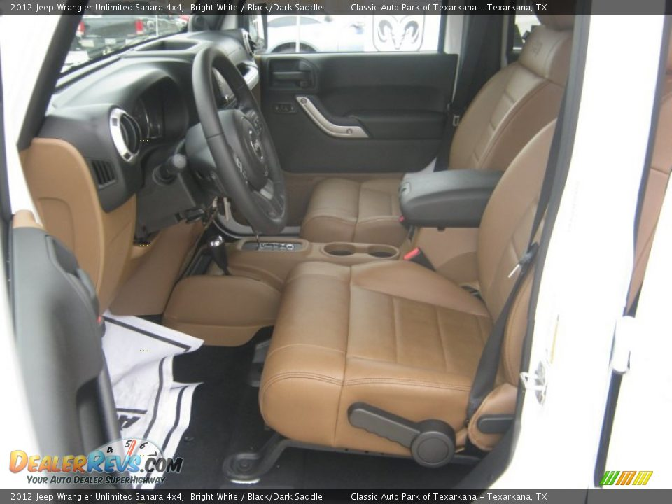 Black Dark Saddle Interior 2012 Jeep Wrangler Unlimited Sahara 4x4 Photo 13