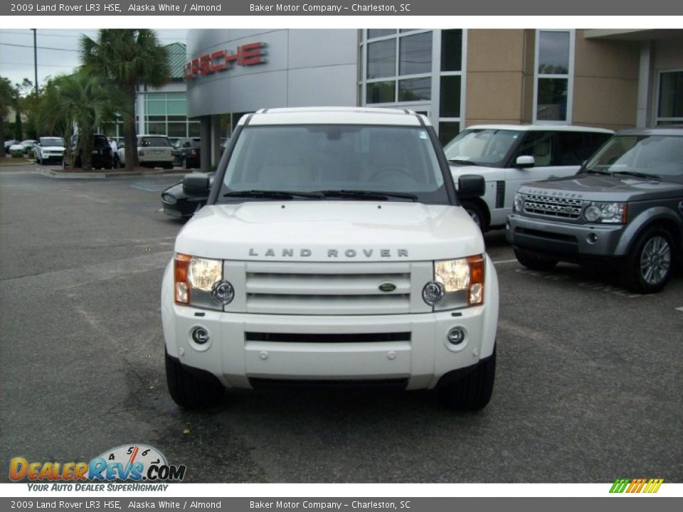 2009 land rover lr3 hse alaska white almond photo 9. Black Bedroom Furniture Sets. Home Design Ideas