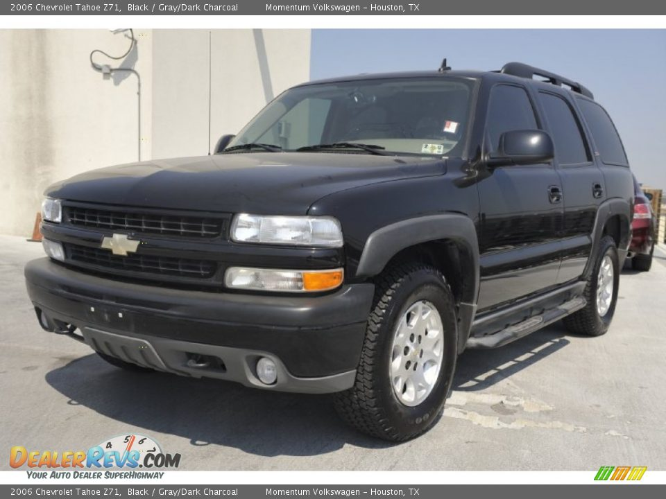 front 3 4 view of 2006 chevrolet tahoe z71 photo 3. Black Bedroom Furniture Sets. Home Design Ideas