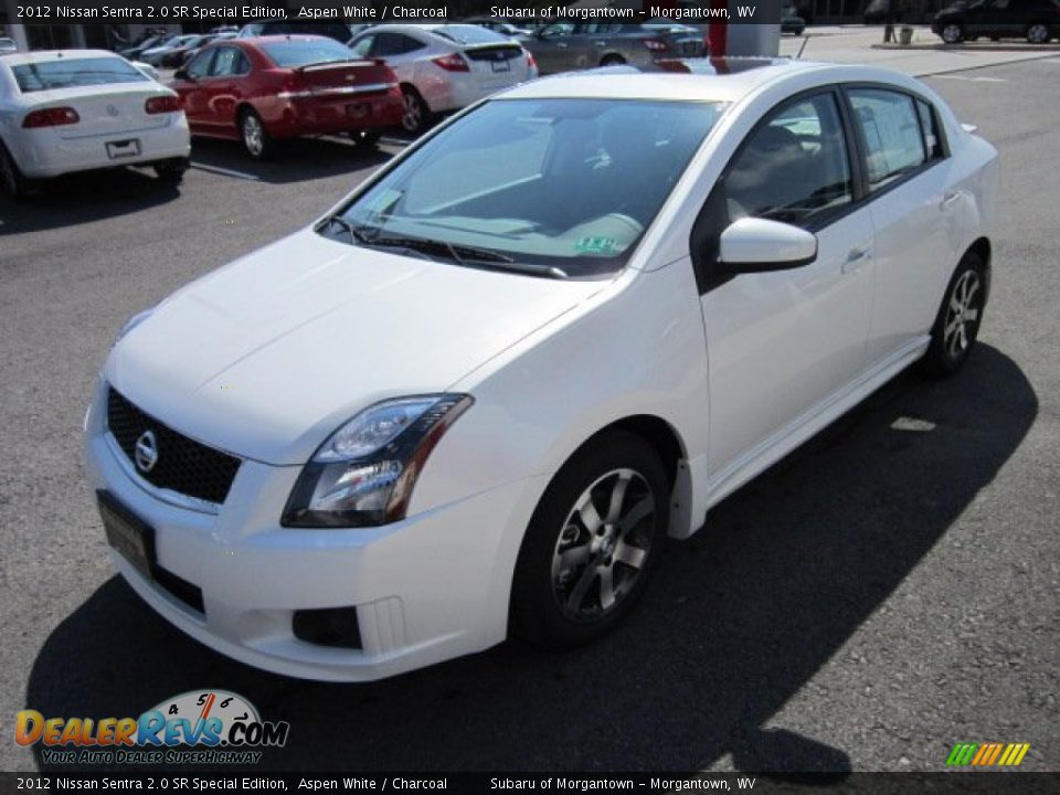 2012 nissan sentra 2 0 sr special edition aspen white charcoal photo 3. Black Bedroom Furniture Sets. Home Design Ideas