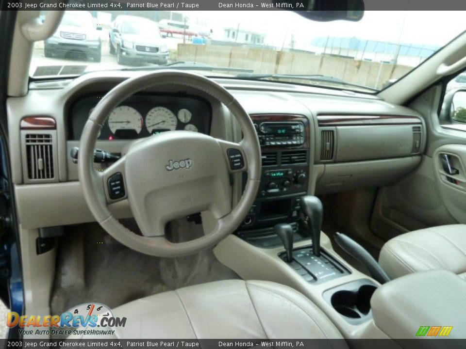 taupe interior 2003 jeep grand cherokee limited 4x4 photo 12 dealerrevs com dealerrevs com