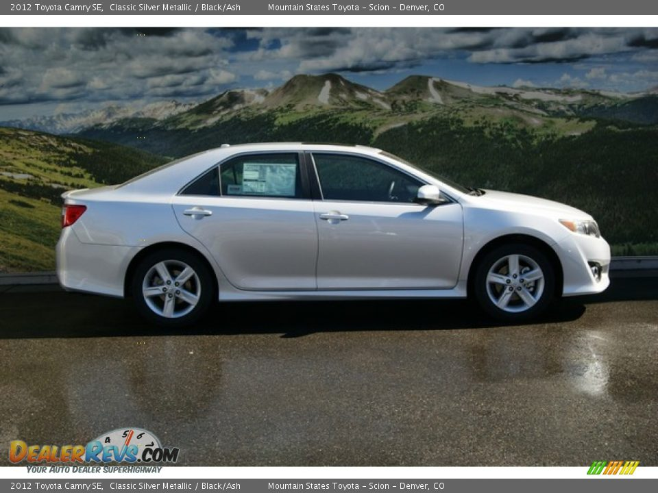 Classic Silver Metallic 2012 Toyota Camry Se Photo 3