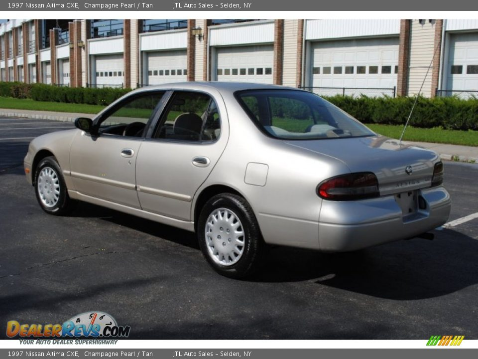 1997 Nissan Altima Gxe Champagne Pearl Tan Photo 4