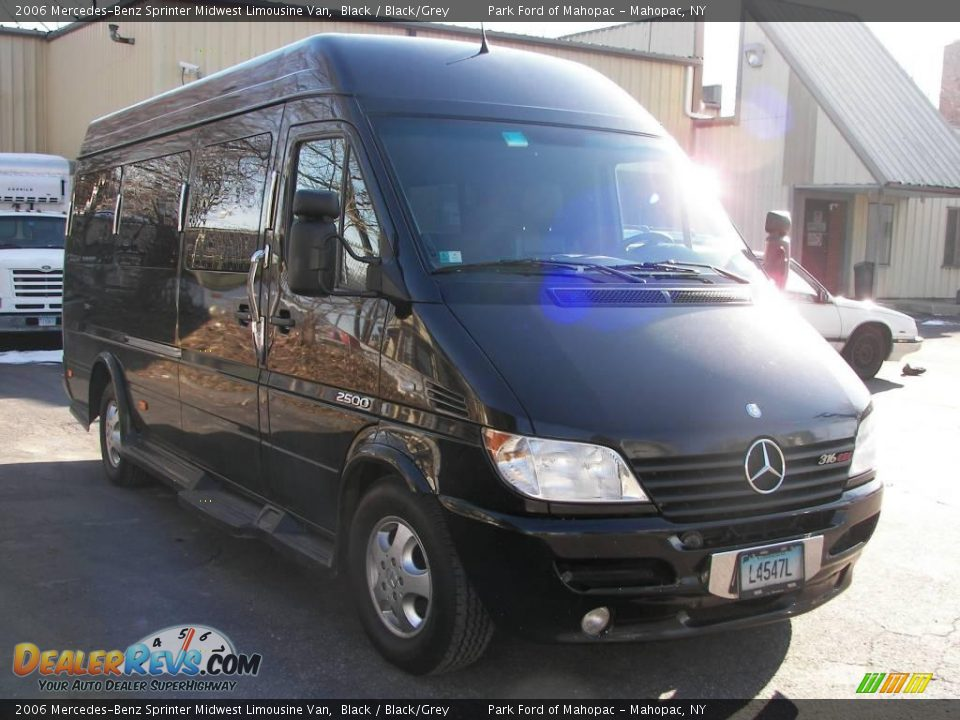 2006 mercedes benz sprinter midwest limousine van black for Mercedes benz sprinter service