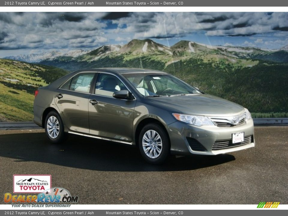 2012 toyota camry le cypress green pearl ash photo 1. Black Bedroom Furniture Sets. Home Design Ideas