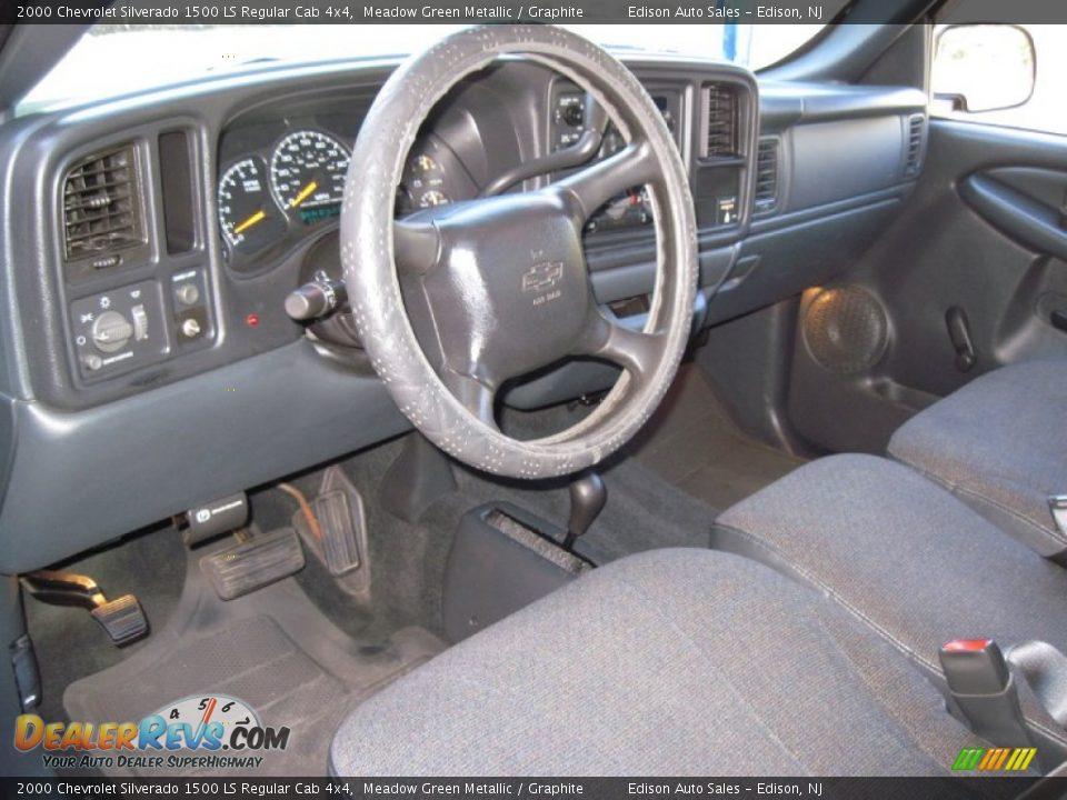 Graphite Interior 2000 Chevrolet Silverado 1500 Ls Regular Cab 4x4 Photo 15