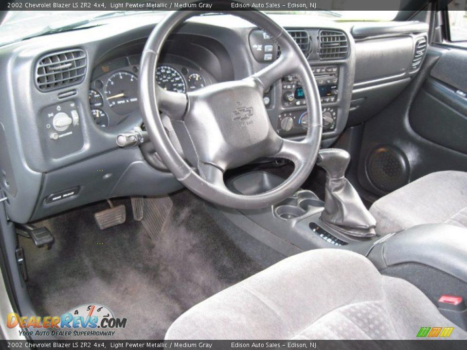medium gray interior 2002 chevrolet blazer ls zr2 4x4 photo 15 dealerrevs com dealerrevs com