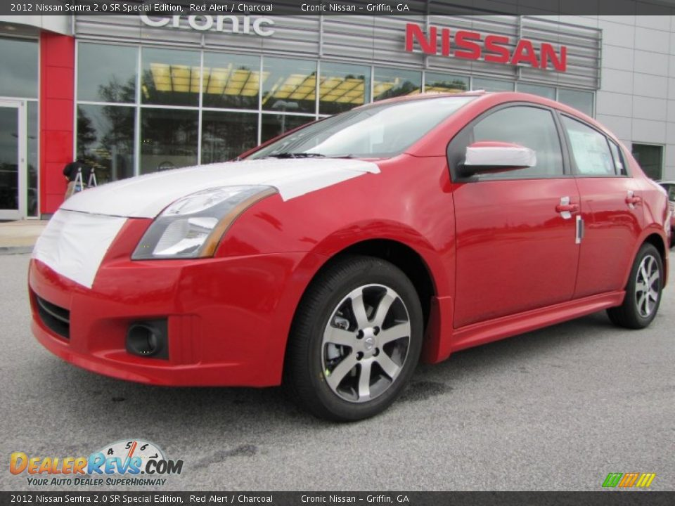2012 nissan sentra 2 0 sr special edition red alert charcoal photo 1. Black Bedroom Furniture Sets. Home Design Ideas