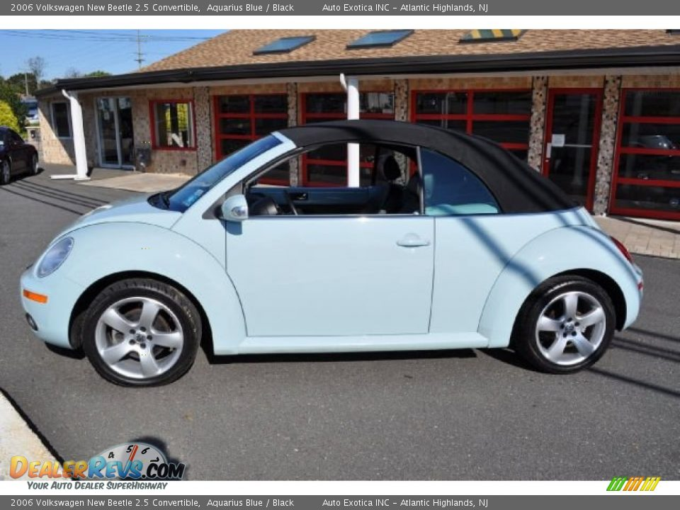 2006 volkswagen new beetle 2 5 convertible aquarius blue black photo 4. Black Bedroom Furniture Sets. Home Design Ideas