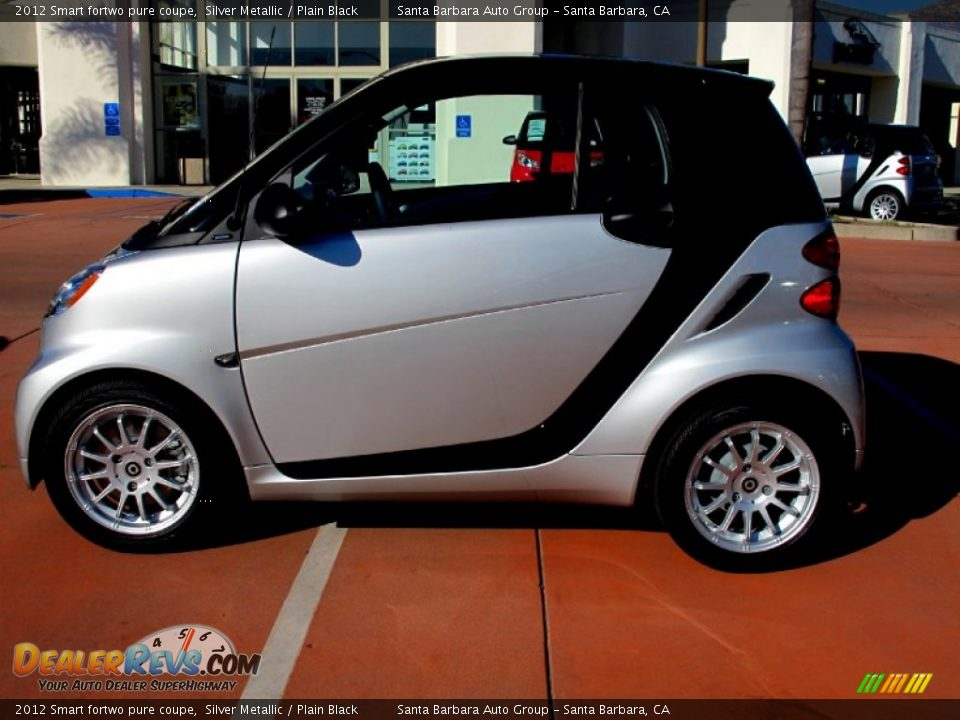 2012 smart fortwo pure coupe silver metallic plain black photo 2. Black Bedroom Furniture Sets. Home Design Ideas