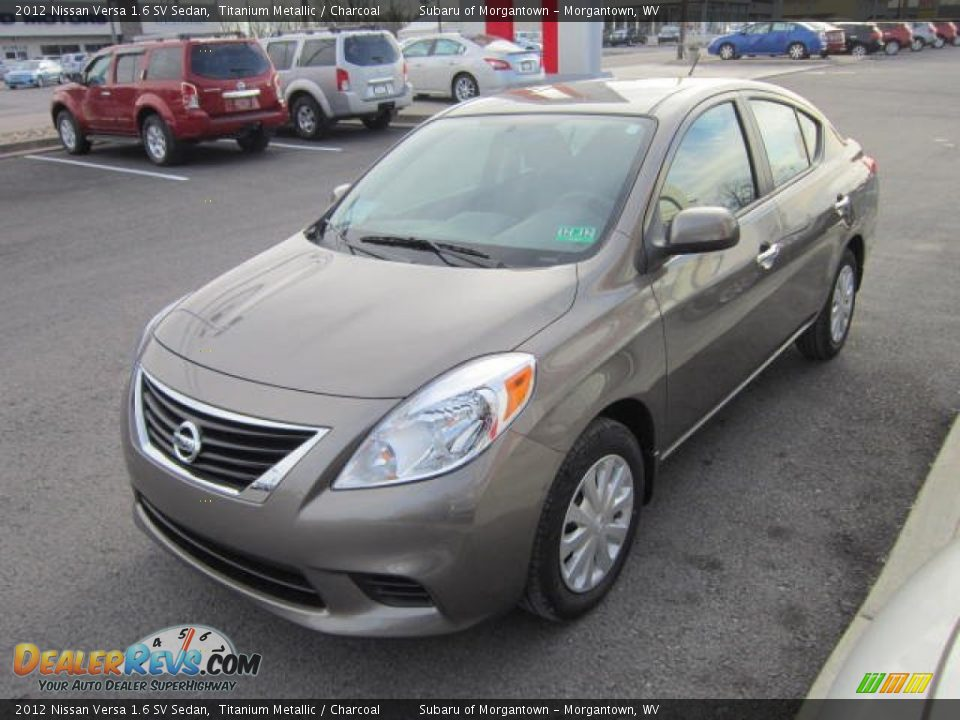 2012 nissan versa 1 6 sv sedan titanium metallic charcoal photo 3. Black Bedroom Furniture Sets. Home Design Ideas