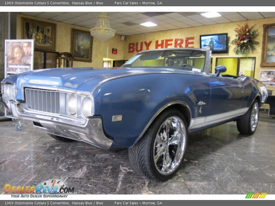 Custom Wheels of 1969 Oldsmobile Cutlass S Convertible Photo #1