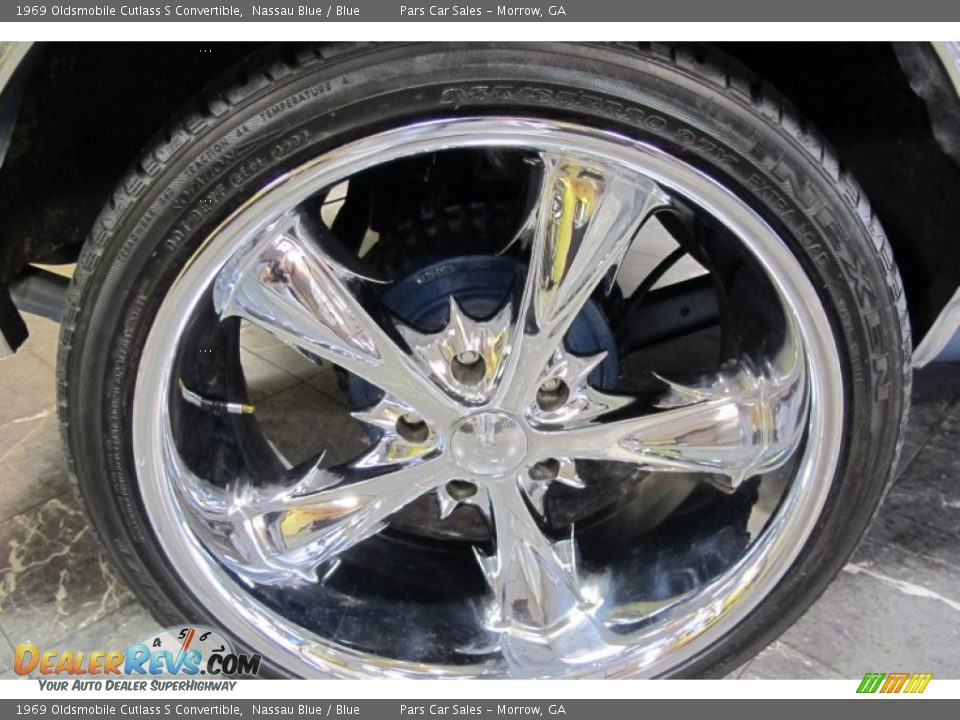 Custom Wheels of 1969 Oldsmobile Cutlass S Convertible Photo #4