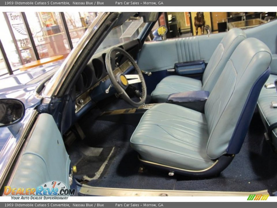 Blue Interior - 1969 Oldsmobile Cutlass S Convertible Photo #5