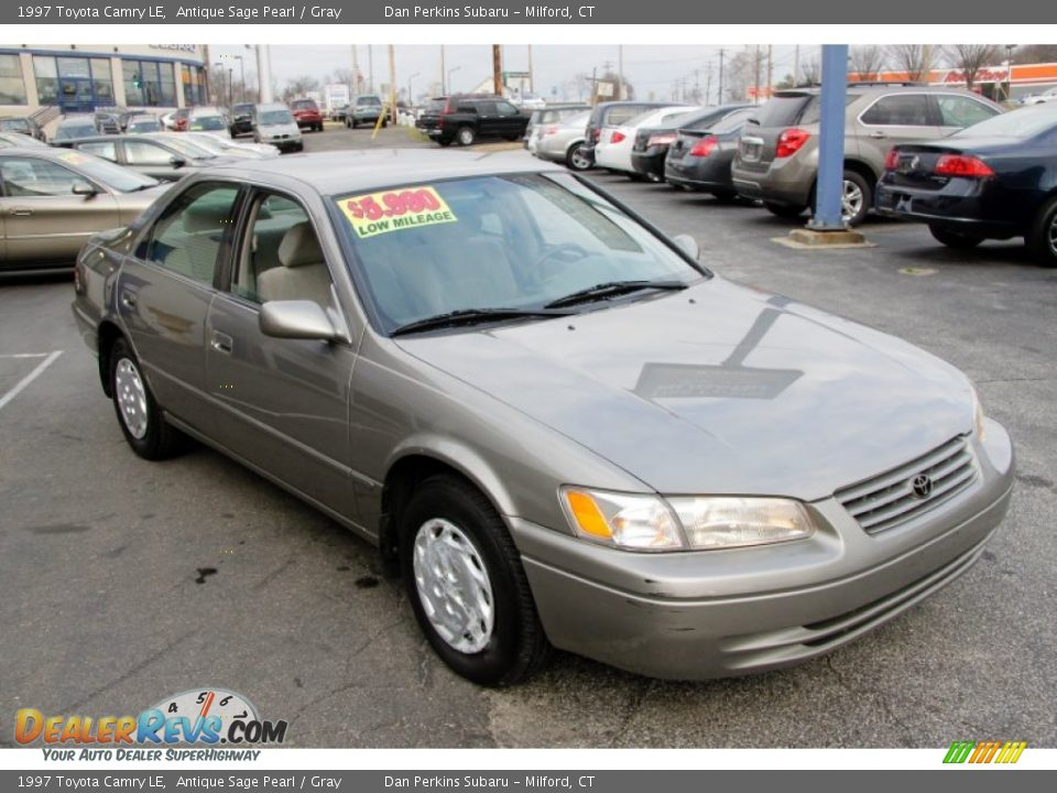 1997 Toyota Camry Le Antique Sage Pearl Gray Photo 3